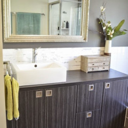 Bye-Bye Beaumont Drive home tour – Master Bathroom before and after