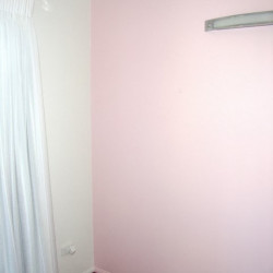 Baby girl nursery makeover Part One – How to paint a polka-dot feature wall