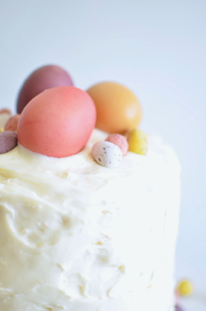 Easter egg cake hack