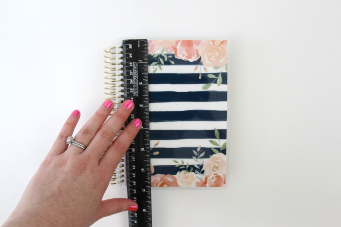 Need a pretty gift for a teacher? Click here to see this DIY step-by-step tutorial for a Rose Gold Vinyl Teacher's Diary.
